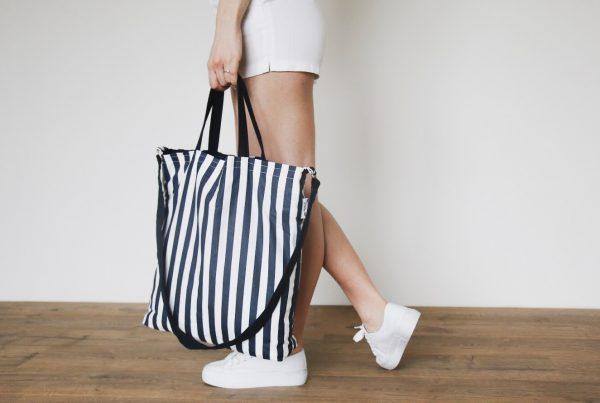 dostrim nakupna taska kabelka udrzatelna moda